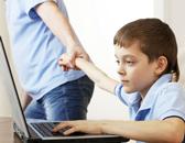 Почему детям опасно смотреть телевизор и играть в компьютер?